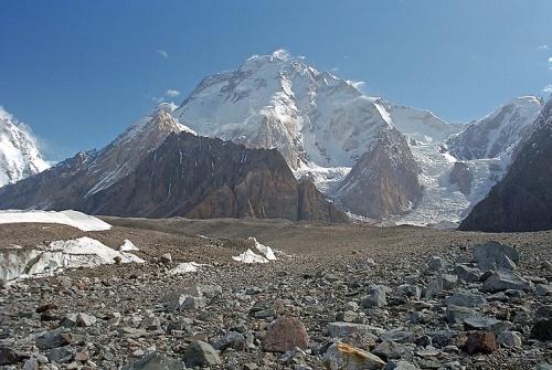 Broad Peak, Karakorum, Pakistan, 8051 m