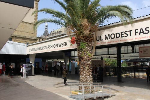 Istanbul Modest Fashion Week Gulshaan